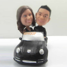 custom lovers in car bobbleheads