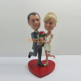 Professional Personalized custom wedding cake bobbleheads