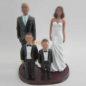 custom family bobble head