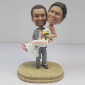 custom beach wedding cake bobblehead