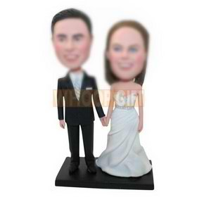 custom newlyweds bobbleheads best gift for newlyweds