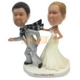 custom angry wife and running husband wedding cake topper bobbleheads
