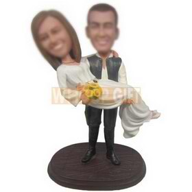 custom couple bobbleheads husband picking up his wife