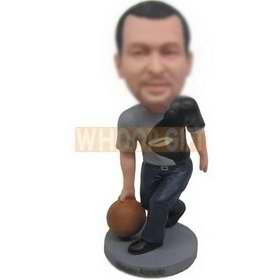 man in grey T-shirt playing basketball custom bobbleheads