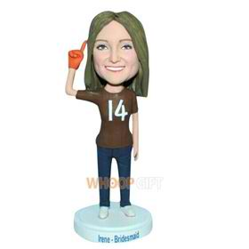 No.14 bridesmaid in brown T-shirt bobblehead