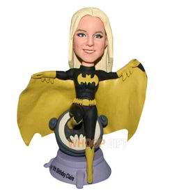 batman in cappa bobblehead