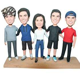 4 boys and 1 girl are good friends bobblehead