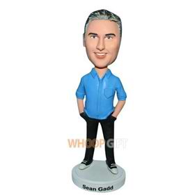 man in blue T-shirt matching with black pants bobblehead