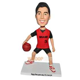 No.3 basketball player in red sports wear bobblehead