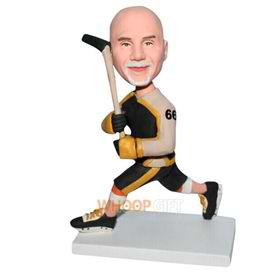 No.66 hocky ball player in sports wear custom bobblehead