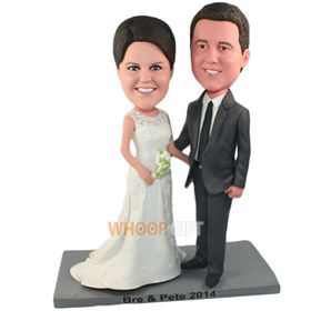 the pair of husband and wife bobbleheads